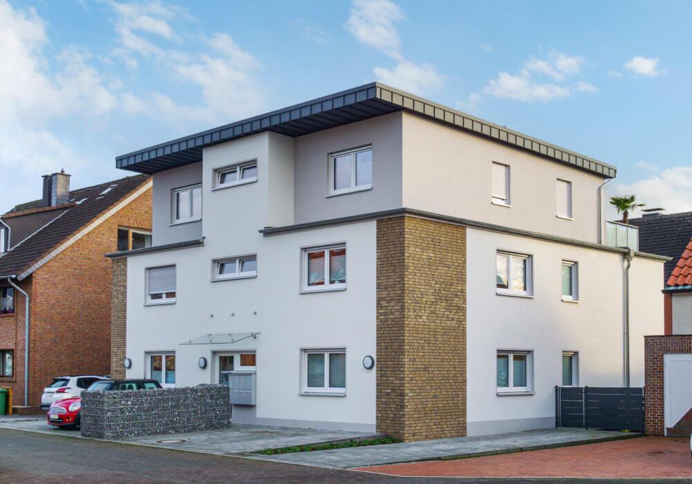 Mehrfamilienhaus mit 6 Wohnungen als Investition für Kapitalanleger